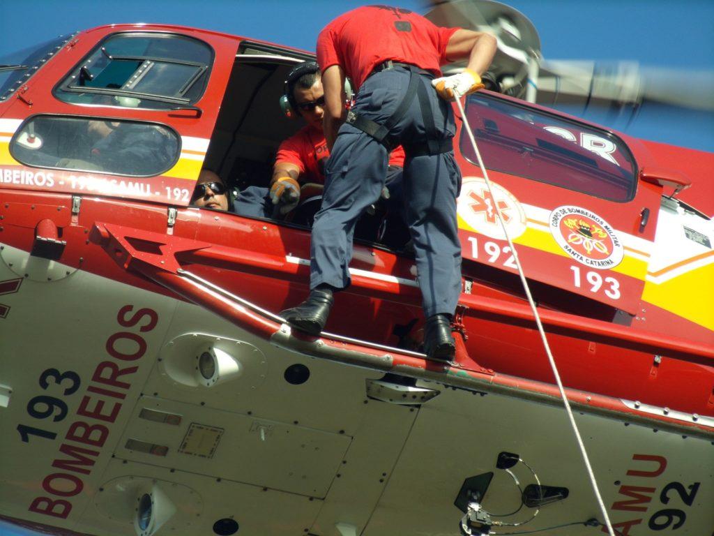 Escalada e esportes verticais: resgate