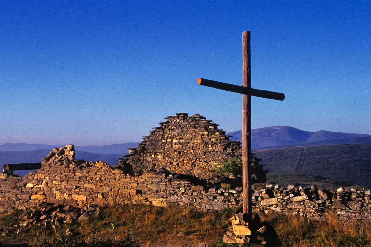 Hiking e Trekking: Caminho de Santiago da Compostela