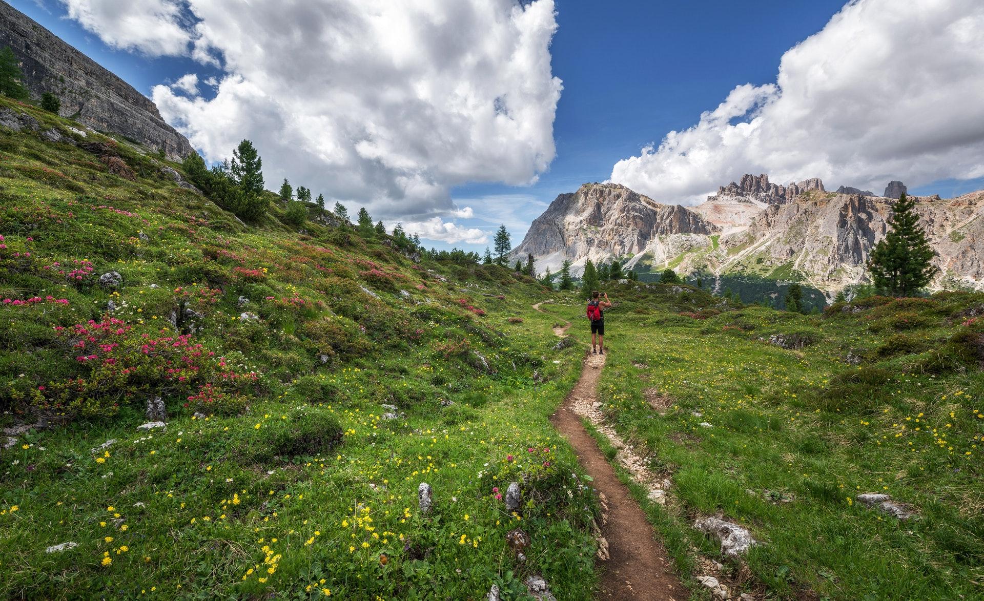 Escalada e esportes verticais: montanhismo/trekking