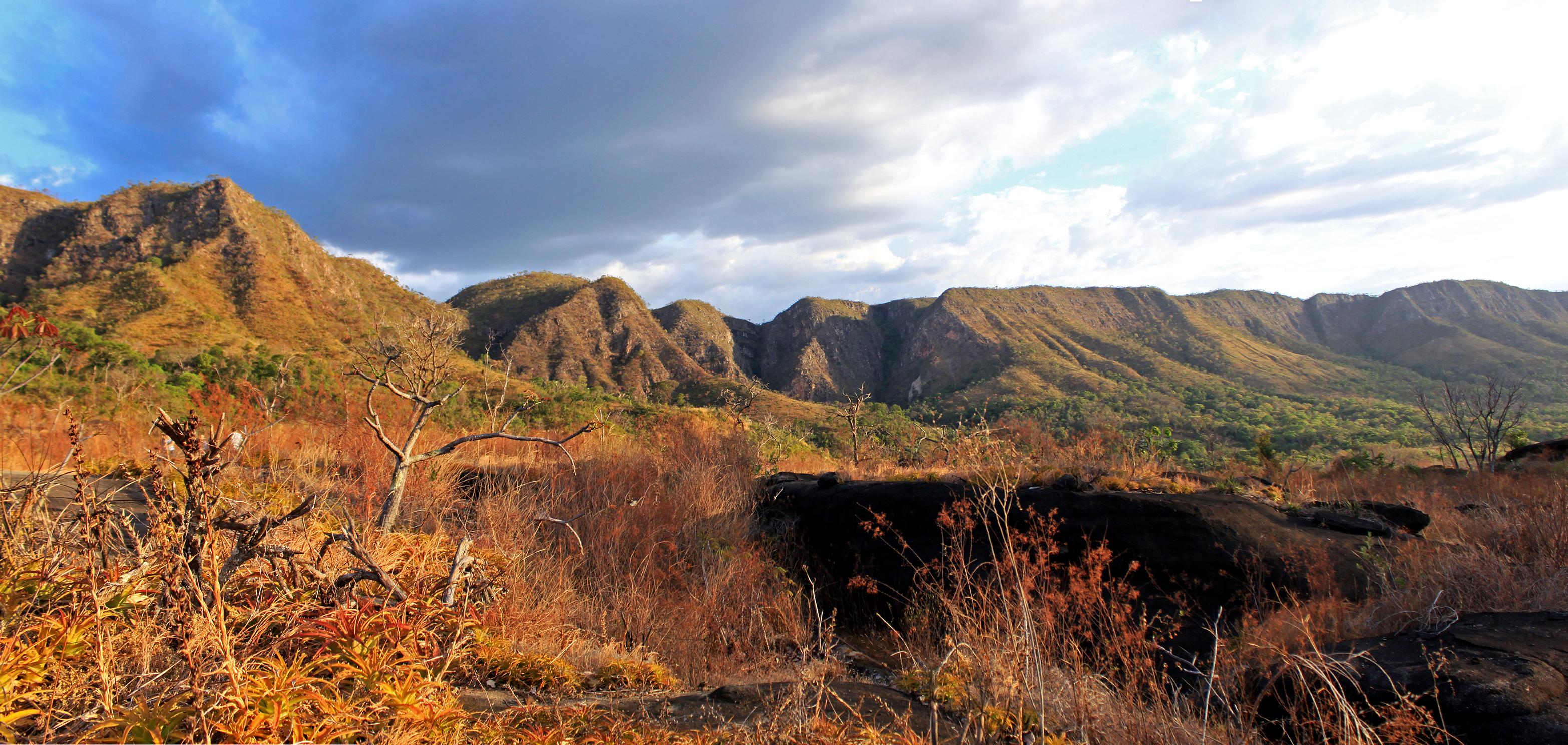 Trilhas para Hiking e Trekking: Cordilheiras nos arredores da Chapada dos Veadeiros