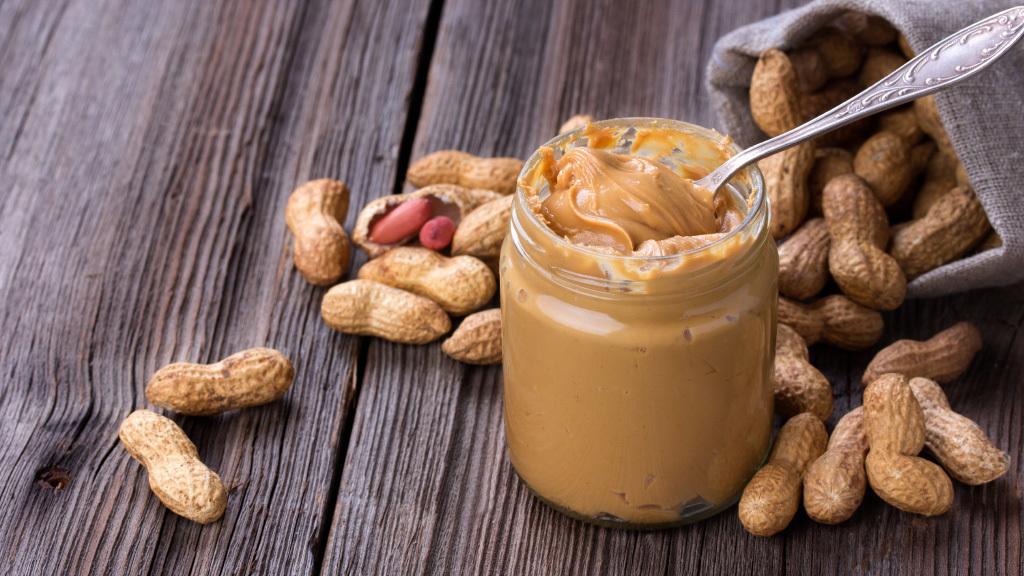 Pote de pasta de amendoim