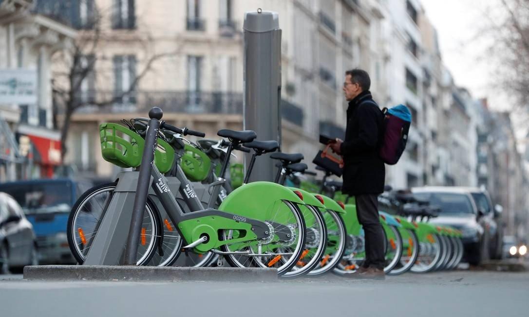 Paris é uma cidade bike friendly