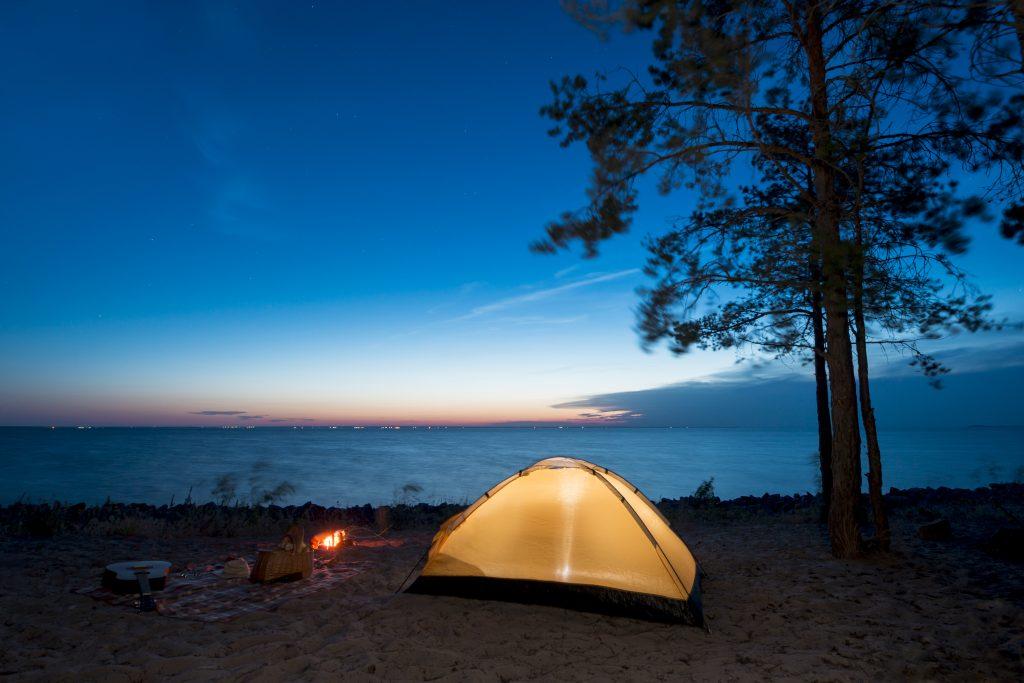local de camping perto da praia