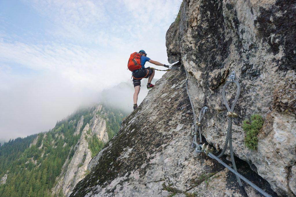 É necessário tomar alguns cuidados ao começar a praticar escalada