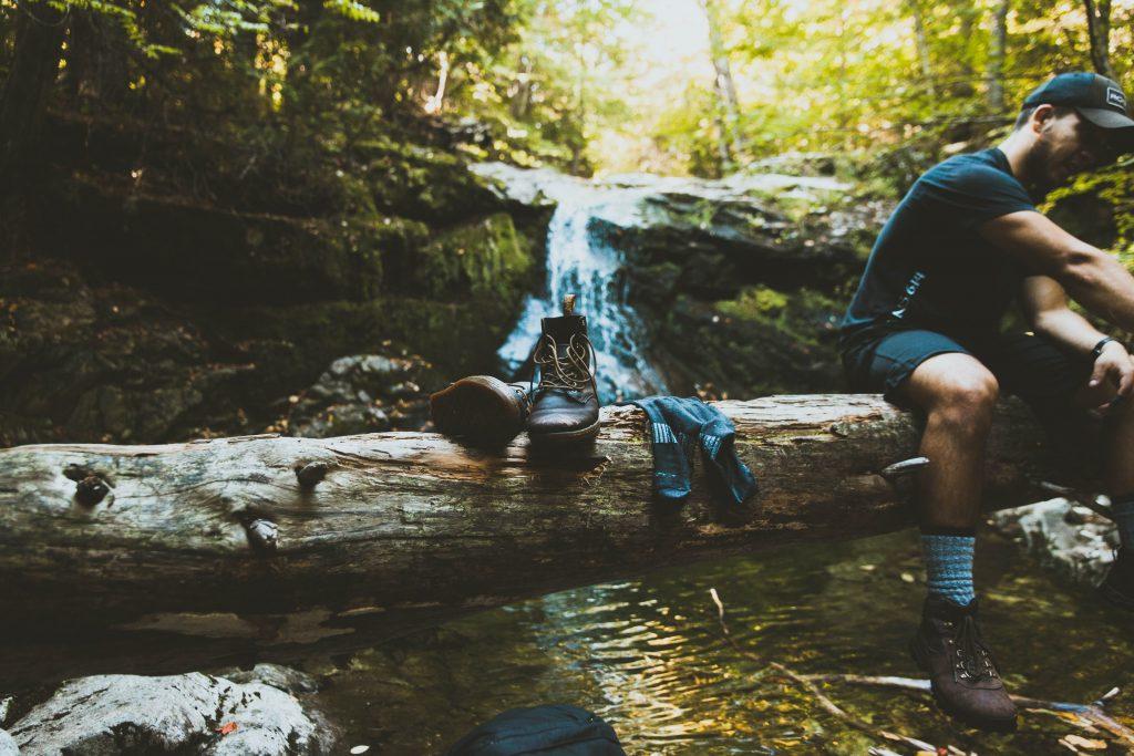 Botas são um dos equipamentos para trekking essenciais